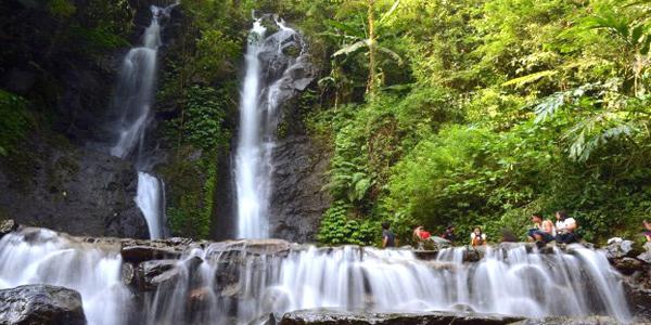 5 Spot Wisata Air Terjun di Bogor yang Menarik dan Populer » 5 Tempat Wisata Air Terjun di Bogor yang Paling Indah dan Populer