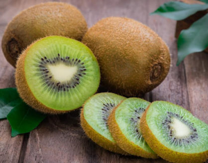 Manfaat Buah Kiwi Bagi Kesehatan Tubuh 418x328 » Manfaat dan Kandungan Nutrisi Buah Kiwi yang Baik Bagi Kesehatan
