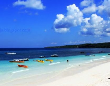 Pasir Putih Pantai Tanjung Bira 418x328 » Objek Wisata Pantai Tanjung Bira, Surga Tersembunyi di Sulawesi Selatan