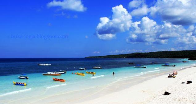 Pasir Putih Pantai Tanjung Bira » Objek Wisata Pantai Tanjung Bira, Surga Tersembunyi di Sulawesi Selatan