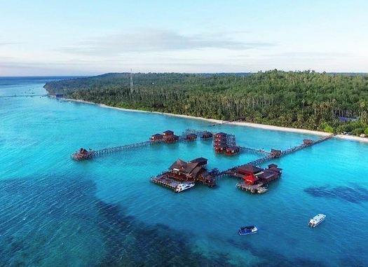 Pulau Maratua » Wisata Pulau Maratua, Bentangan Surga Kalimantan Timur yang Mengesankan