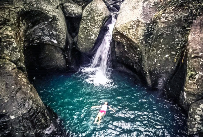 batu belah dewasana » Surga Tersembunyi di Bali Barat yang Jarang Diketahui Wisatawan