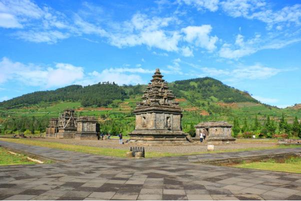 daerah paling diburu saat liburan dieng plateau » Daerah Wisata di Indonesia Yang Banyak Diburu Saat Liburan