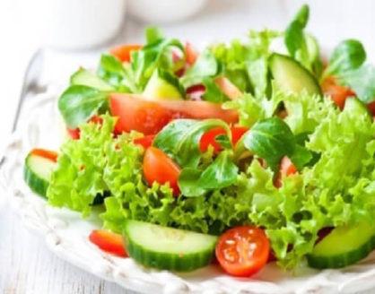 manfaat salad bagi kesehatan beserta kandungan gizinya 418x328 » Suka mengkonsumsi Salad? Dapatkan Manfaatnya untuk Kesehatan Tubuh Kita
