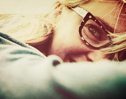 mengatasi penyakit Insomnia sehingga tidur malam lebih mudah 418x328 » 5 Tips Mengatasi Insomnia agar Tidur Lebih Nyaman