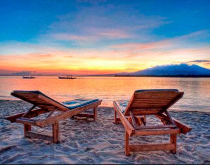 menikmati sunset dari pulau gili meno lombok 418x328 » Nikmati Indahnya Panorama Gili Meno Destinasi Wisata Alam Lombok yang Memukau