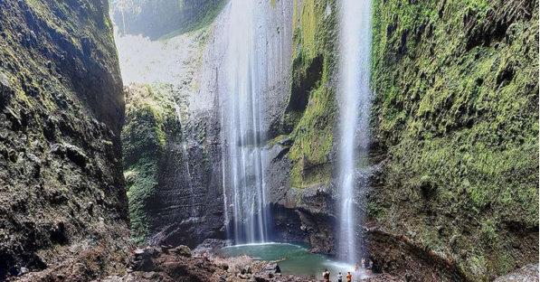 objek wisata air terjun madakaripura probolinggo jawa timur 597x312 » Keindahan Air Terjun Madakaripura Objek Wisata Unggulan Di Probolinggo