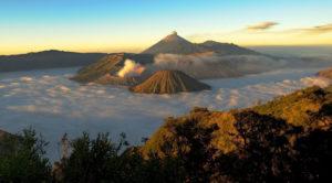 panduan wisata ke gunung bromo jatim 300x166 » Inilah 3 Tips Liburan ke Gunung Bromo Bersama Keluarga atau Sahabat