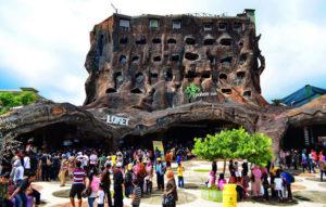 suasana loket masuk wisata jatim park 2 300x191 » Objek Wisata Jatim Park 2, Tempat Asyik Liburan bersama Keluarga