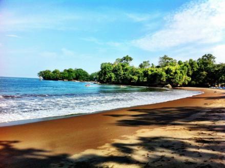 tempat wisata pangandaran jawa barat pantai batu karas » Rekomendasi 5 Tempat Wisata di Pangandaran yang Terkenal dan Wajib Dikunjungi