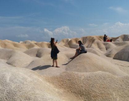 wisata gurun pasir busung bintan riau 418x328 » Seindah Sahara, Ini Dia Destinasi Wisata Gurun Pasir di Busung yang Eksotis