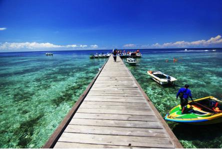 wisata pantai derawan kaltim » Kunjungi 5 Pantai Terindah di Indonesia sebagai Destinasi Liburan Mendatang