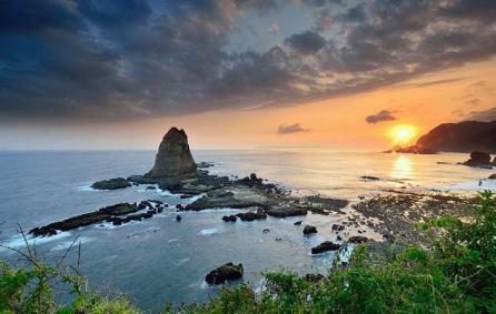 wisata pantai papuma jember jawa timur » Daftar 5 Pantai Eksotis di Jawa Timur sebagai Tujuan Liburan Anda