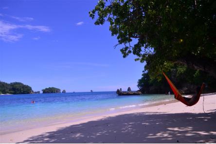 wisata pantai tiga warna malang jawa timur » Daftar 5 Pantai Eksotis di Jawa Timur sebagai Tujuan Liburan Anda