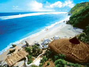 wisata pasir putih pantai karma bali 300x225 » Objek Wisata Pantai Pasir Putih Karma Bali