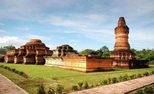 wisata sejarah candi muara jambi » Candi Muara Jambi, Situs Purbakala Terluas se-Asia Tenggara