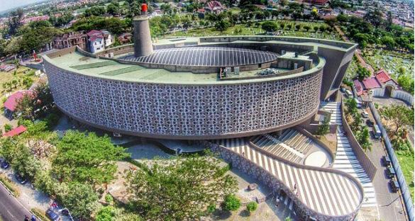 wisata sejarah museum tsunami aceh 585x312 » Ini Dia 4 Fakta tentang Arsitektur Museum Tsunami Aceh yang Memukau