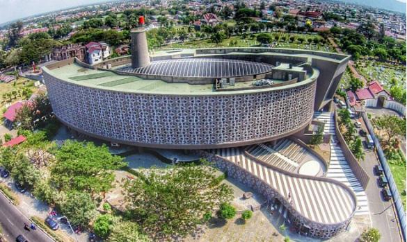 wisata sejarah museum tsunami aceh » Ini Dia 4 Fakta tentang Arsitektur Museum Tsunami Aceh yang Memukau