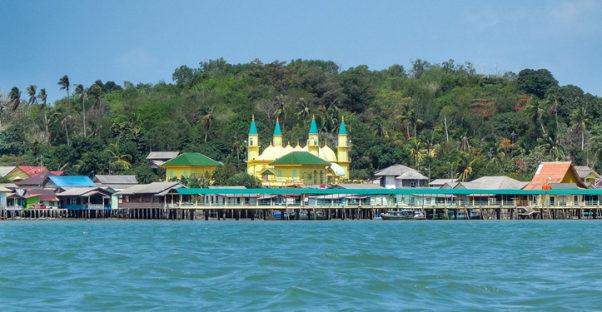 wisata sejarah pulau penyengat riau 602x312 » Pulau Penyengat, Wisata Sejarah Lokal bernuansa Islam di Riau