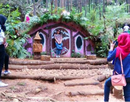 wisata seribu batu songgo langit dan rumah hobbit bantul jogja 418x328 » Seribu Batu Songgo Langit dan Rumah Hobbit, Wisata Hits di Bantul