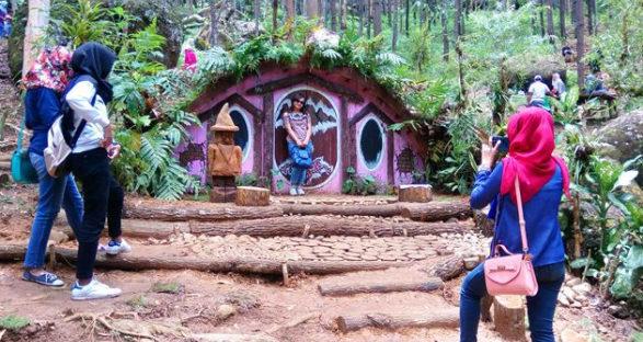 wisata seribu batu songgo langit dan rumah hobbit bantul jogja 587x312 » Seribu Batu Songgo Langit dan Rumah Hobbit, Wisata Hits di Bantul